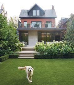 Tour PR maven Suzanne Cohon's gorgeous Toronto home.