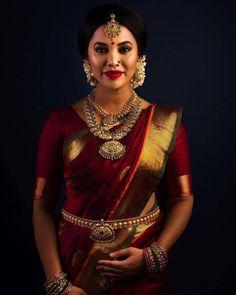 Ideas for indian bridal sari hindus South Indian Silk Saree, South Indian Wedding Saree, South Indian Bridal Jewellery, Indian Bridal Sarees, Indian Wedding Wear, Bridal Silk Saree, Indian Bridal Fashion, Tamil Wedding, South Indian Weddings