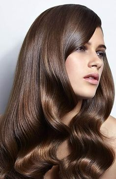 Chestnut brown hair color trends 2018 women s 2018 brown chestnut color hair trends women s Dark Blonde Balayage, Hair Color Balayage, Blonde Brunette, Reverse Balayage, Brunette Beauty, Brunette Highlights, Color Highlights, Ombre Hair, Blonde Hair
