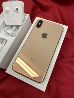 iPhone XS Gold 256 GB on Mercari - The Best iPhone, Samsung, ios and android Wallpapers & Backgrounds Best Iphone, Free Iphone, Iphone 11, Apple Iphone, Iphone Cases, Apple Online, Photographie Portrait Inspiration, Mobiles, Iphone Gadgets