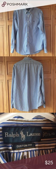 Polo Ralph Lauren Men's Button Up Dress Shirt L Polo by Ralph Lauren Men's button up dress shirt. Size L. In excellent condition and has only been worn lightly. A great shirt for any closet! Polo by Ralph Lauren Shirts Dress Shirts