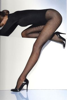 Wolford tights - cute for work Wolford Tights, Stockings Legs, Sexy Legs And Heels, Women Legs, Top Models, Up Girl, Looks Style, Beautiful Legs, Underwear