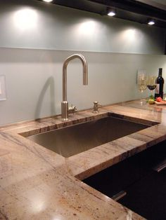 Like the countertop - looked further & found out it is called Red Sunset Granite - beautiful!