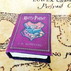 Harry Potter and the Prisoner of Azkaban - Harry Potter Book Pillows Harry Potter Book 3, Harry Potter Quilt, Harry Potter Merchandise, Prisoner Of Azkaban Book, Book Pillow, Manga Books, Geek Stuff, Etsy, Pillows