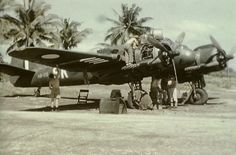 Bristol Beaufighter - 93 Squadron (RAAF) being serviced in the South East Pacific. Navy Aircraft, Ww2 Aircraft, Military Aircraft, Royal Australian Navy, Royal Australian Air Force, Bristol Blenheim, Bristol Beaufighter, Australian Defence Force, Ww2 Planes