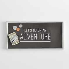 This tray will help you put money aside for everyday adventures. | 28 Inspiring Decor Ideas To Satisfy Your Wanderlust