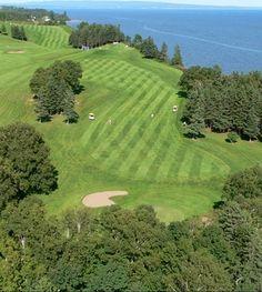 Ville de Carleton-sur-Mer | Activités et attraits Golf Courses, Discovery, Travel, Club, Image, Vacation, First Time, City, Voyage