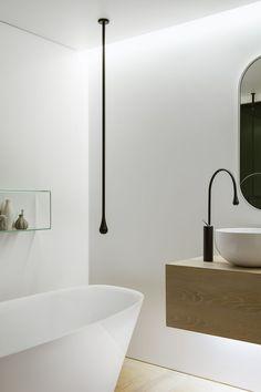 Smart focussed lighting in the bathroom - Decoist