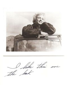 This photo of Marilyn Monroe in Korea was found among her personal items after her death. Beneath the photo she had written: I like this one the best.