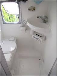 Resultado de imagen de airstream bathroom layouts