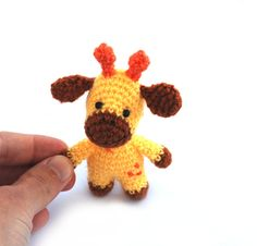 tiny giraffe miniature animal doll small by tinyworldbycrochAndi
