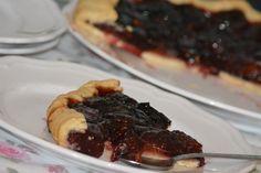 Tarta cu prune Romanian Food, Good Food, Pie, Cooking, Breakfast, Desserts, Recipes, Torte, Kitchen