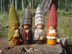autumn gnomes - love the felted plaids