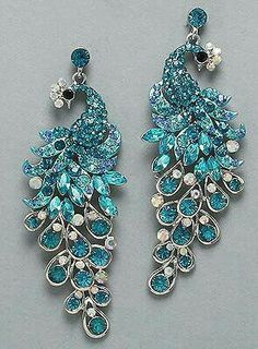 Turquoise Peacock Earrings - so pretty Peacock Jewelry, Peacock Earrings, Bridal Jewelry, Jewelry Box, Vintage Jewelry, Wedding Accessories, Jewelry Accessories, Jewelry Design, Diamond Are A Girls Best Friend