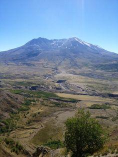 Mt St Helen's National Volcanic Monument