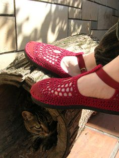 Love these, and hey look a cat! Mary Jane crochet SHOES  Burgundy   CUSTOM MADE by lepiedleger, $62.00