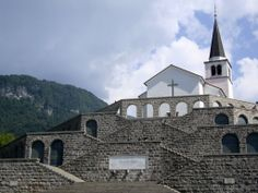 Kobarid, Slovenia | Sacrario di Caporetto - Kobarid: un angolo d'Italia in Slovenia