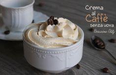 Una golosissima Crema al Caffè facile da preparare. E' una ricetta senza uova semplice e velocissima da fare e gustare. Senza cottura