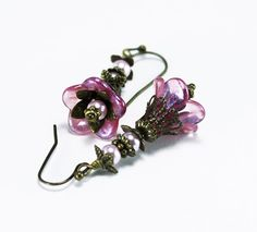 Pink Lucite Flower and Pearl Vintage Style by LasSmartArts on Etsy, $16.00
