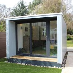 Garden Studios, Garden Rooms and Garden Offices by The UK's Original Garden Lodge Company Since 2007 Garden Office Shed, Backyard Office, Garden Lodge, Garden Cabins, Cabana, Flat Roof Shed, Backyard Cabin, Small Backyard Design, Outdoor Office