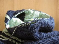 p/doubleface-stricken-lanade delivers online tools that help you to stay in control of your personal information and protect your online privacy. Baby Knitting Patterns, Knitting Stitches, Knitting Socks, Sewing Patterns Free, Crochet Patterns, Free Pattern, Dou Dou, Crochet Diy, Diy Scarf