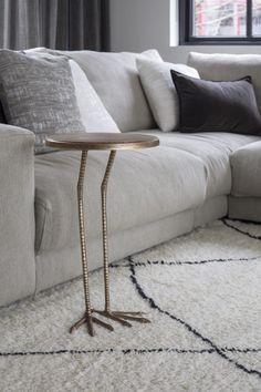 Luxe zitbank in modern interieur | woonkamer ideeën | living room decor ideas | luxury living room | Hoog.design