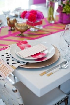 Pretty table setting with stripes and dots