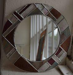 Espejo redondo Copperfoiled de vidrieras por ArtofGlassStudioLtd Stained Glass Mirror, Mirrored Picture Frames, Suncatchers, Mosaics, Mirrors, Tiffany, Etsy, Pictures, Crafts