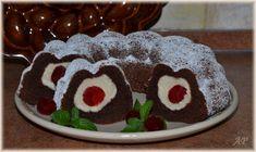Bábovka s tvarohovými koulemi Cake whith cheese balls and cherries Slovak Recipes, Czech Recipes, Cheese Ball, Dessert Recipes, Desserts, Amazing Cakes, Baked Goods, Bakery, Cherry