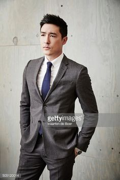 Fotografia de notícias : Daniel Henney of CBS's 'Rush Hour' poses in the...
