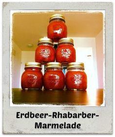 Rezept: Leckere Erdbeer-Rhabarber-Marmelade schnell und einfach zubereitet.