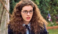 Anne Hathaway News: Actress Finds Bliss in Motherhood. Anne Hathaway News: Actress Finds Bliss in… Frizzy Hair, Long Curly Hair, Curly Hair Styles, Thin Hair, The Princess Diaries, Anne Jacqueline Hathaway, Garry Marshall, The Beauty Department, After Life