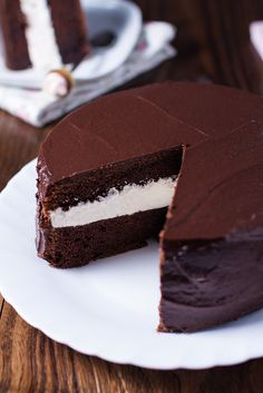 Devil's Food Cake - Lana e Biscotti Devils Food, Chiffon Cake, Love Chocolate, Chocolate Cake, Sweet Cakes, Cheesecake Recipes, Biscotti, Chocolate Recipes, Sweet Tooth