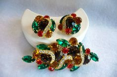 Autumn Rhinestones w Rhinestone Swooshes Brooch by thejewelseeker, $75.00 #TeamLove #vintage #jewelry #Fashion #etsyretwt
