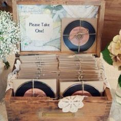 Such a creative idea! Give your guests a CD of the wedding playlist to remember it by! This is perfect for the vintage wedding. Very retro!