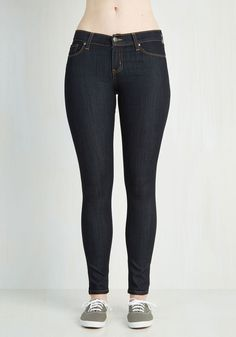 Neighborhood Hopping Jeans. When you go out in Pittsburgh, you like to get a taste of each areas vibe, knowing these dark wash skinnies will fit in at each n every one! #modcloth