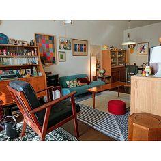 Home Furniture, Furniture Design, Room Interior, Interior Design, Mid Century Modern Decor, Simple House, Yume, Sweet Home, Room Decor