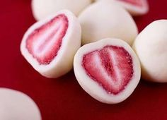 These Frozen Greek Yogurt Covered Strawberries are Refreshing and Adorable #drinking