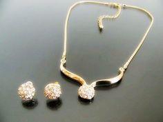 Rhinestone Teardrop Earrings & Necklace Set