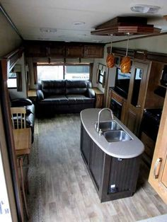 2014 Used Grand Design Reflection 337RLS Fifth Wheel in Arizona AZ.Recreational Vehicle, rv, 2014 Grand Design Reflection 337RLS, This coach is loaded up with options.It has a 5500 Onan GeneratorSolar System with 4 batteriesHuge pantrysingle air conditioneralloy wheels ,