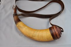 Contemporary Makers: Powder Horn by Frank Willis