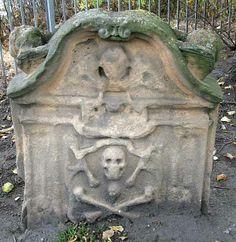Gravestone in North Leith Cemetery, Scotland