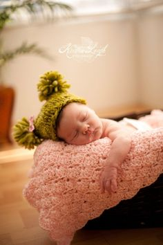 These large Crib Size Baby Blankets make the perfect photo props for babies ~ Hand Crocheted by BubbiesBlankies, $110.00