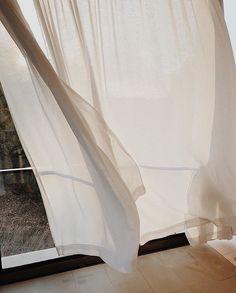 interior design home Feeds Instagram, Mim Design, Cream Aesthetic, Aesthetic Light, Aesthetic Design, Slow Living, Mid Century House, Photo Backgrounds, Beige