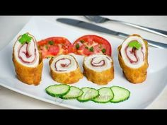 Cordon bleu – reteta video via Romanian Food, Romanian Recipes, Americas Test Kitchen, Cordon Bleu, Kfc, Prosciutto, Food Art, Carne, Sushi