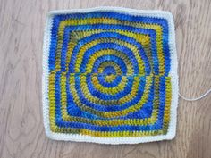 how to keep a croched square throw flat   JOIN SQUARE CROCHET - Crochet — Learn How to Crochet
