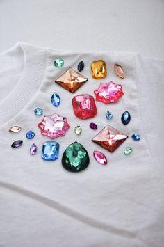 add gems to a plain tshirt
