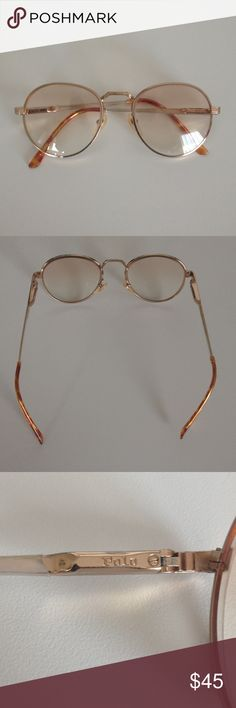 🚨REDUCED 🚨Vintage Polo by Ralph Lauren Glasses Beautiful gold/copper wire frames, slight tent to the lenses. Can be removed and replaced with your own prescription. Great condition. Polo by Ralph Lauren Accessories Glasses