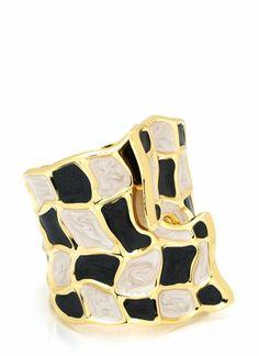 textured hinge #bracelet #black #white