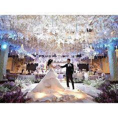 Voyage wedding decoration padma hotel bandung ms wedding voyage wedding decoration padma hotel bandung ms wedding pinterest bandung weddings and wedding junglespirit Images